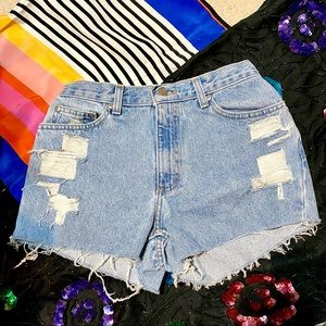 Cutoff Denim Vintage Mom Jean Shorts, Size 8